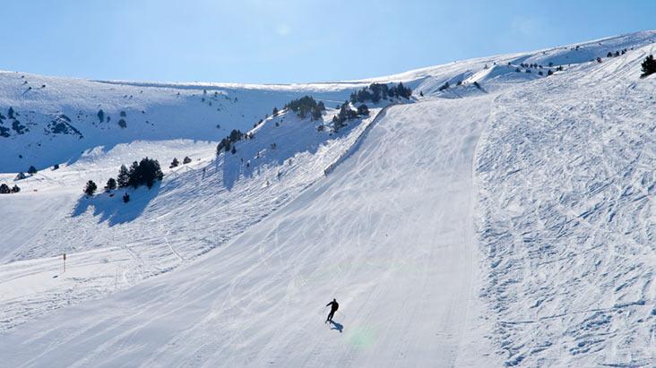 S jours autocars sports d 39 hiver andorre morbihan for Piscine andorre